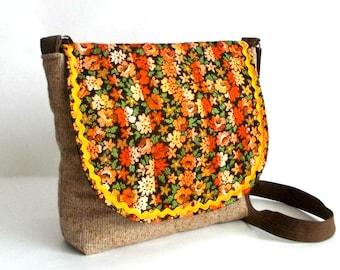 Hand made bag - Messenger bag with applique - Messenger hand made bag - Fabric bag