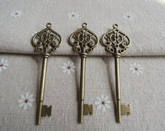 5Pcs  69X21mm Antique Bronze  Key charm (A363)