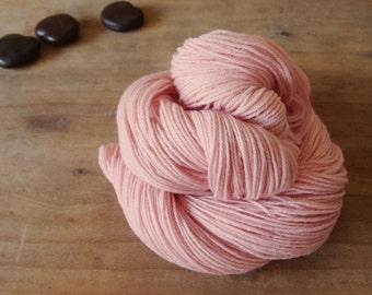 Cochineal Sock Yarn, Naturally Dyed, Pastel Pink Yarn, Pink Merino Yarn, Shell Pink, Superwash Merino, Hand Dyed Sock Yarn