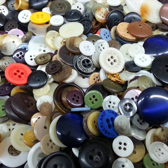 Bulk assorted buttons for craft projects bead crochet quilt sewing