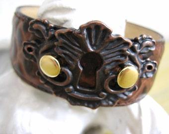 Leather Fancy Keyhole Cuff Bracelet