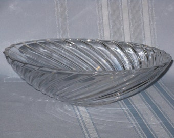 Large clear crystal glass spiral pattern bowl