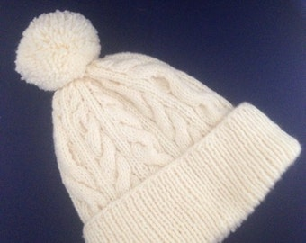 Ladies cable pom pom hat