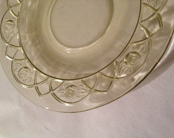 Antique Federal Glass ROSEMARY/ Dutch Rose pattern Amber Saucer