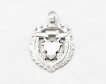19th Century Sterling Silver Sovereign also So Im Writing A Historical Fantasy Thats Set In additionally Ship Parts Page together with Ships Coloring Pages besides Clipart Gray Pirate Ship. on british ships 1800s