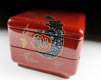 Old Lacquered Jubako with Mother of Pearl Lobster