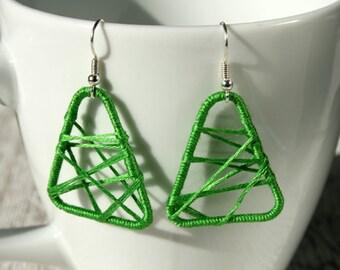 Leightweight earrings green cotton