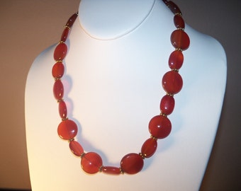 A Beautifal Red Carnelian Necklace and Earrings. (201484)