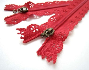 25cm Lace Zipper  -FIRE ENGINE RED