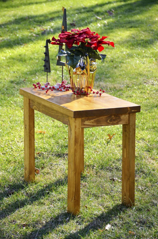 Everyday rustic farmhouse end table for Farmhouse end table set