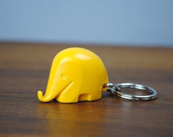 Vintage * 1960s Design * Miniature DRUMBO Elephant key ring * Sunny Yellow * Commerzbank * Luigi Colani * Retro * no Savings Box * key chain