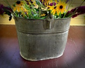Distressed Rusty Galvanized Metal Bucket / Primitive Metal Planter Vase / Old, used, rustic bucket to be used as magazine holder or vase
