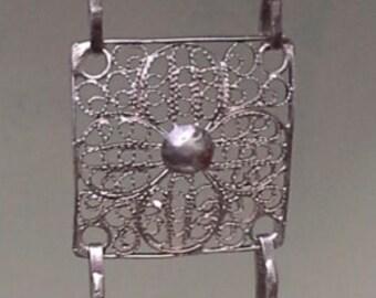 Vintage sterling silver filigree flower links bracelet