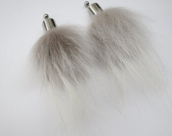 Fur Earrings PO-04-03 Recycled fur of polar fox / stainless steel