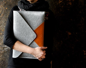 "MacBook 13"" AIR case BESTSELLER light grey wool felt tan cow italian leather perfect protectionpocket zipper"