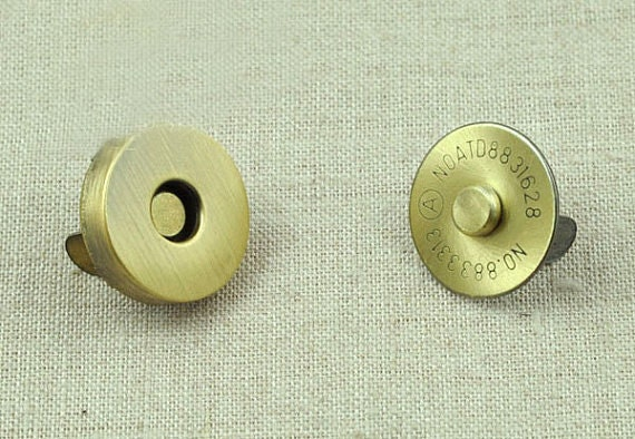 Magnetic Closures For Paper Crafts