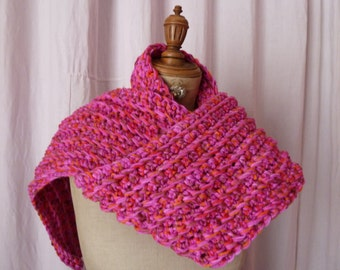 Thick Parma pink scarf crochet