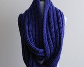 Knit infinty scarf, cobalt blue, handknit winter scarf, ribbed knit scarf, chunky Knit scarf in cobalt blue, knitted shawl, handknit scarf