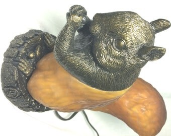 Squirrel  Chipmunk, Marmot Tiffany Style Accent Amber Brown Glass Lamp (LP4244)
