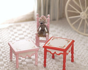 Doll's handpainted table