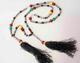 Superb solid silver beads, agate, wood and resin original Guedra dancers necklace. Mauritanian jewels. Prayer beads. Tesbih
