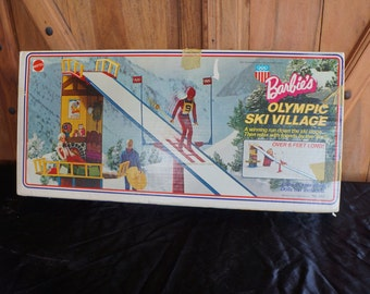 1974 Barbie Olympic Village!  Great Shape! 143LL