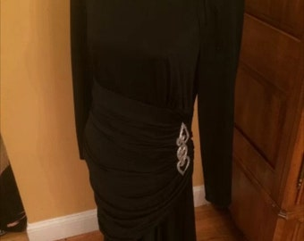Amazing ruched dress with brooch vintage, medium