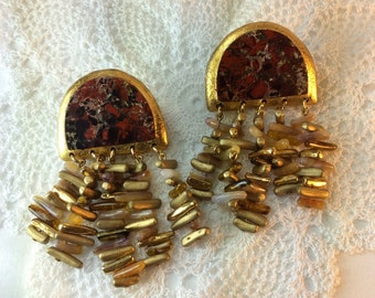 Vintage Red And Gold Earrings. Clip On Earrings.