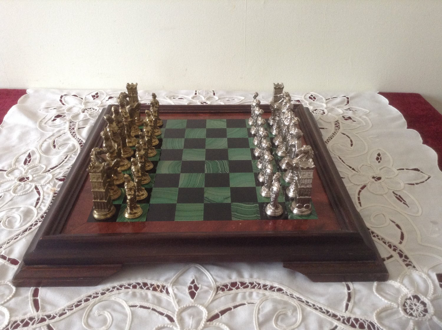 Stunning vintage chess set ornate antique romans v gaules - Ornate chess sets ...