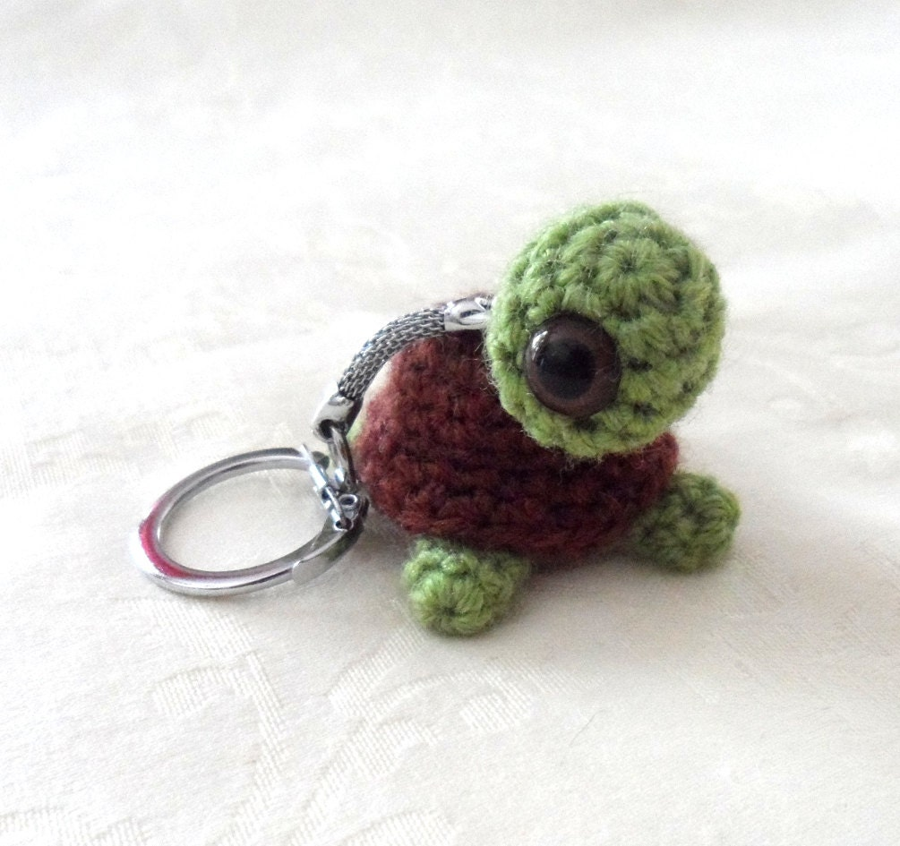 Amigurumi Magische Ring : Chocolate Tortoise Amigurumi Key Ring
