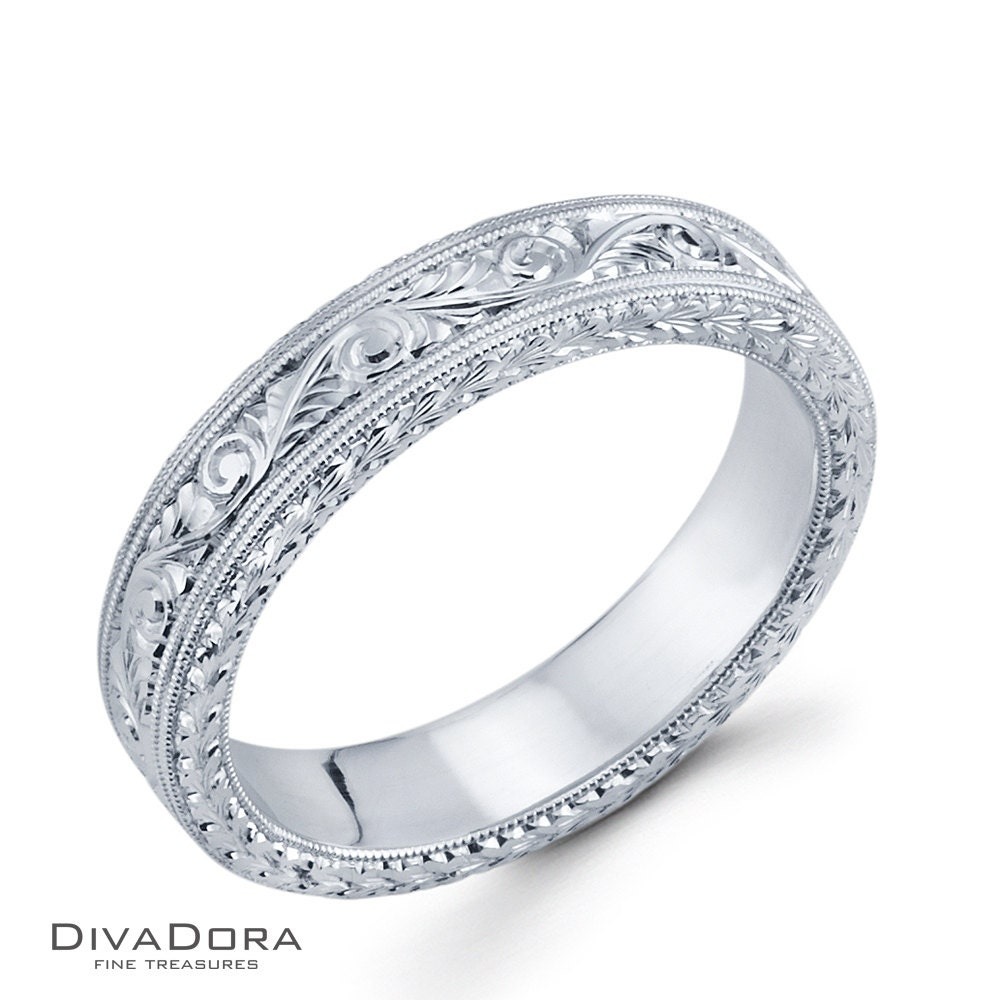 Hand Engraved 5mm Men's Wedding Band DC4490E3 By DIVADORA