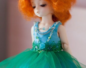 Blue/green outfit for Yo-SD size dolls.