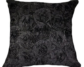 2 pieces black Tone 3d Bouquet of red Roses Throw Cushion Cover/pillow