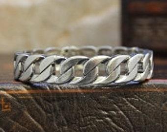 Curb Link Stretch Bracelet