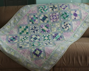 Traditional pastel quilt