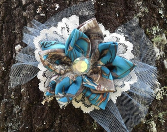 Blue Mc2 TrueTimber camo & lace country cuties hair clips!. Ready to Ship !  Measures  4 x 4