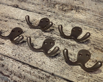 Cast Iron Double Robe Hooks  (5 Hooks)