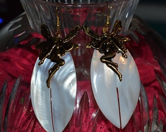 SALE...Beautiful Vintage Mother of Pearl shell  Earrings with antique silver Fairies (1017119-G)