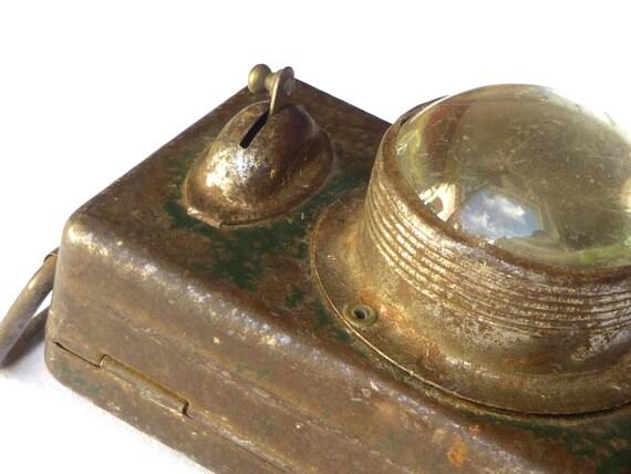 Ancienne lampe clairage de v lo pile fran ais 1930 for Lampes de chevet anciennes