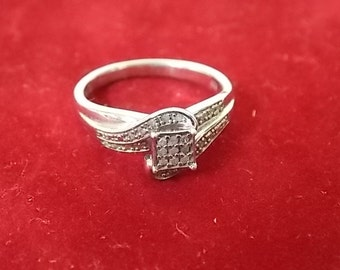 Vintage Estate .925 Sterling Silver Ring With Over 20 Stones, 3.36g E1765