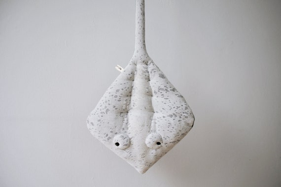 Small Sting-Ray Stuffed Animal <0> Plush Toy <0> Cotton Jersey & Faux Fur