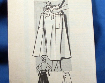 """Vintage Misses Skirt Sewing Pattern - Size Small - Waist 24""""-25"""""""