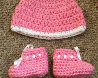 Newborn baby blanket, hat and bootie set (made to order)