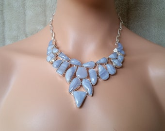 Stunning Ladies High Fashion Large Blue Lace Agate Statement Bib Collar Necklace