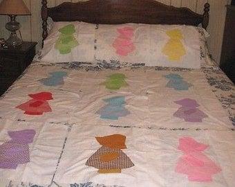 Vintage machine-appliqued Sunbonnet Sue quilt squares ~ for pillows or quilting
