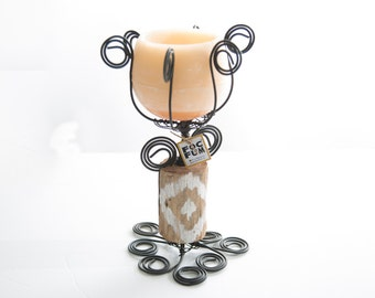 """Wire chandelier with rustic ikat painted wood, and scented wax candle holder Orange blossom fragrance. Small size: height 11,8"""""""