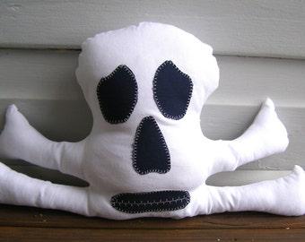Skull Pattern, Skull toy pattern, skull plushie pattern, halloween pattern