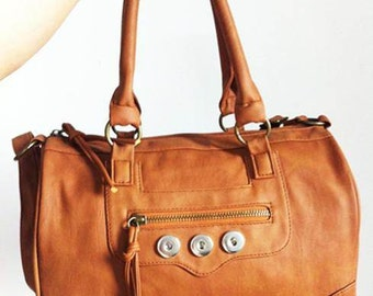 Get Snappy! Leather Handbag