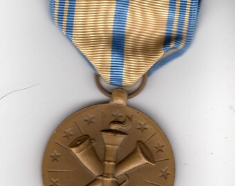 Vintage Air Force Armed Forces Reserve Medal - Military Collectible - Measures 1.5 x 3 inches