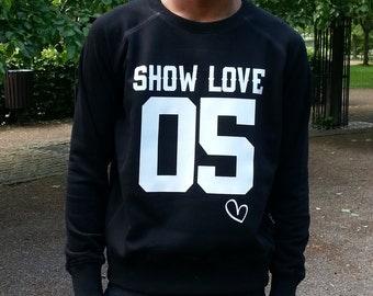 Show Love 05 Sweatshirt